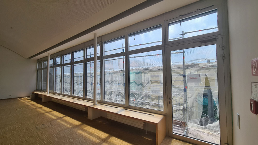 Produktbild Altbau Alu-Fensterfront gewechselt in München – Oberbank